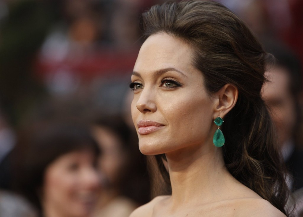 Angelina Jolie Oscars Emerald Earrings