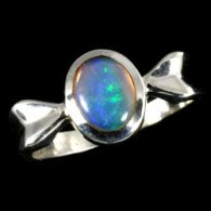 silver-and-opal-ring-oval-in-bow-style-casing