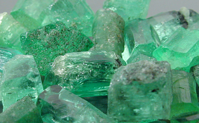 Jade is the stone of calm in the midst of storm. Its action balances nerves and soothes cardiac rhythm.